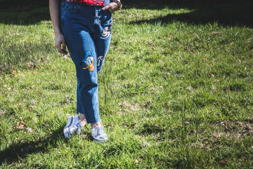 Mickey Mouse jeans pull an bear