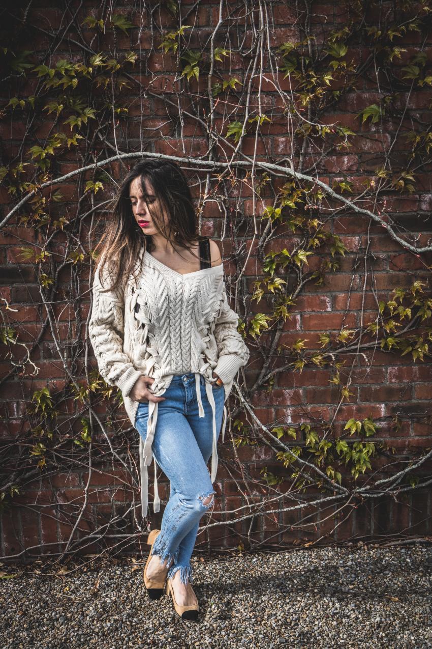 sweater con lazos
